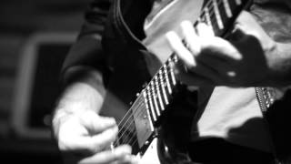 "Black Drawing Chalks - ""Cut Myself In Two"" - 07/03/2012 - Costella Live Sessions"