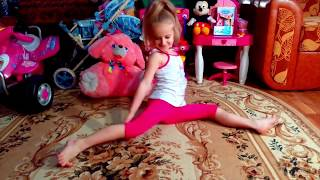 Как научиться быстро сесть на Шпагат дома, растяжка и занятия йогой, развивающее видео