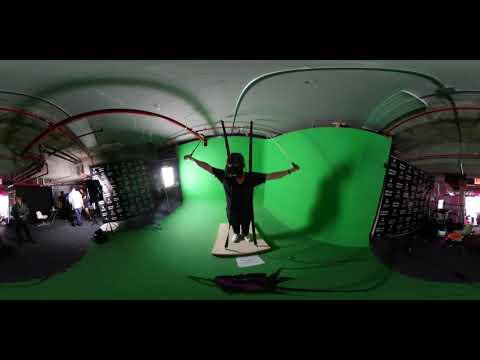 ModernEpic CoFounder Aaron Lewis Tries VR SkyDiving