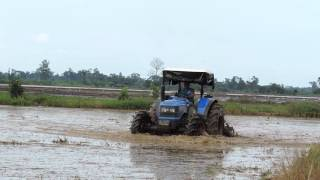 Sonalika WT90 used for rice cultivation in Colombia