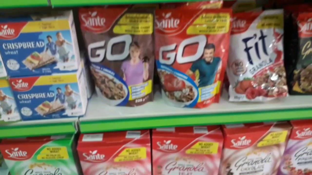 جوله في متجر منتجات الدايت والأكل الصحي فقط