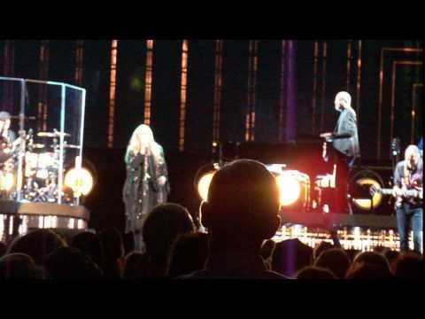 Stevie Nicks-Stand Back LIVE