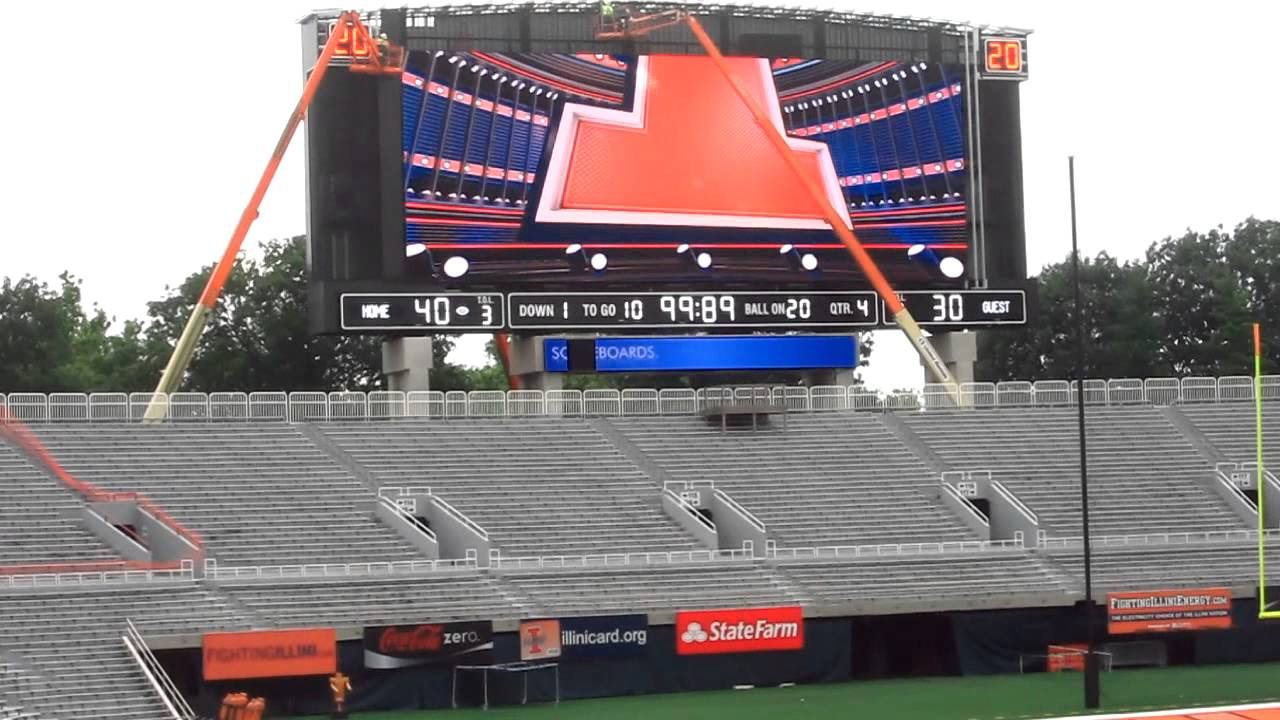 New Daktronics Scoreboard & HD Video Display at Memorial Stadium