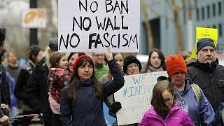 Указы президента Трампа: отставка генпрокурора и массовые акции протеста