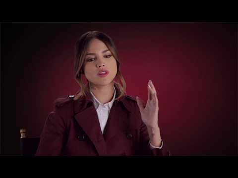 "Baby Driver: Eiza Gonzalez ""Darling"" On Set Movie Interview"