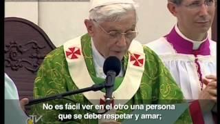 Papa en Beirut: Quien quiere construir la paz debe dejar de ver en el otro un mal que debe eliminar