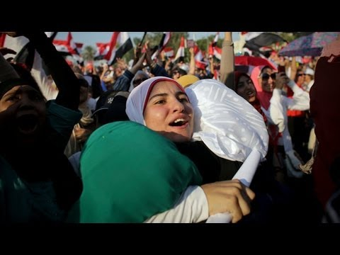 The Scene in Cairo After the Egyptian Military Seizes Power - 2013 | The New York Times