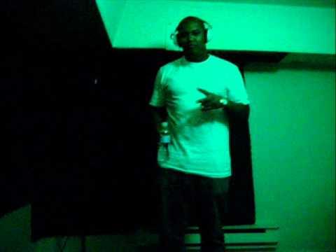 Brad Lyko - Killa Sound Bwoy ( Killer Remix ) ( 2010 )