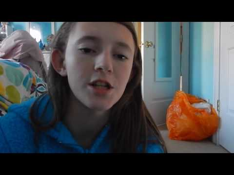 Vlog 425: Painted My Nails! from YouTube · Duration:  10 minutes 39 seconds