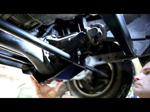 DIY Install Land Rover Discovery 2 APT Slider Diff Guard – Front