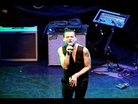 Dave Gahan (Depeche Mode) Love Will Tear Us Apart - Joy Division Cover @ Club Nokia