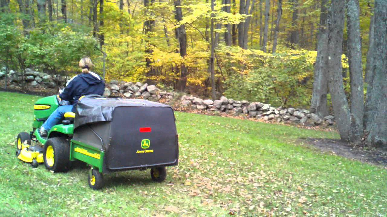 John Deere X324 4ws With Mc519 Cart Mowing Leaves Driven