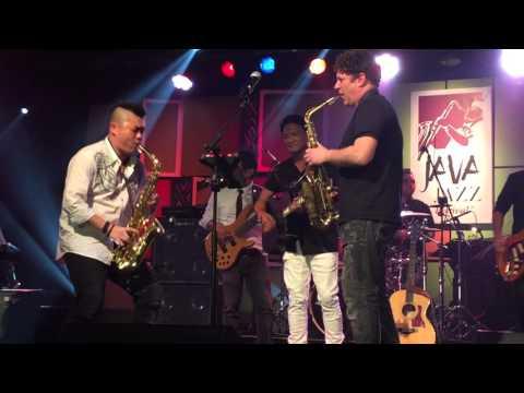 Karena Ku Tahu Engkau Begitu - Danny Lerman with Andre Hehanussa at Java Jazz 2016