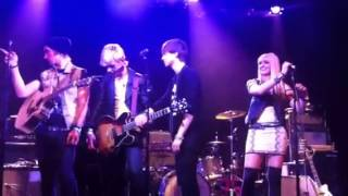 r5 q rock my socks i want you bad acoustic nyc
