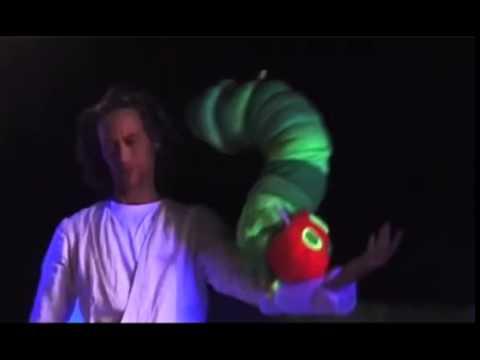 Die kleine Raupe Nimmersatt – Trailer I Theater Mär