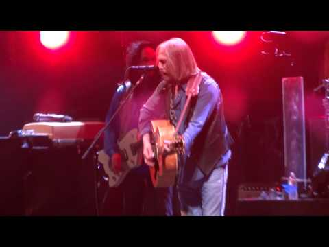 """""""Rebels (Acoustic)"""" Tom Petty & the Heartbreakers@PPL Center Allentown, PA 9/16/14"""