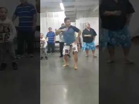 Toso Tikoga - Fijian gospel with Tongan dancers