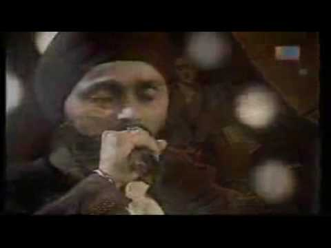 Faiz Ahmad Faiz- Raaz e ulfat chhupa ke dekh liya