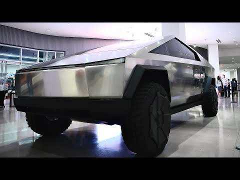 Tesla Cybertruck First Look - Jay Leno Version