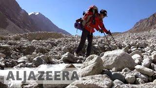 Tajik women trekking to become mountain guides