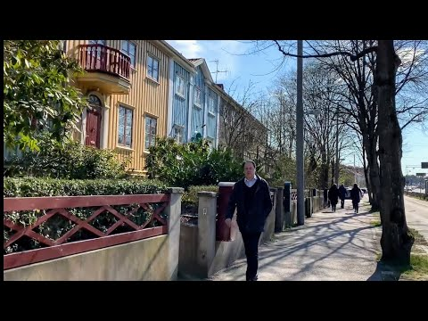 Gothenburg, Sweden: Virtual Stroll Among Houses Near The City Center