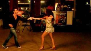 Oliver Pineda y Vali Damaskou - Free Style - Salsa Beach Festival