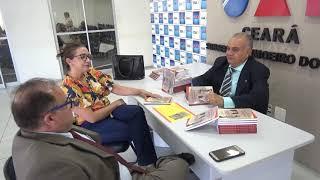 Em solenidade na OAB Subsecção Vale do Jaguaribe, o advogado Chico Lopes lançou livro, Em Defesa da