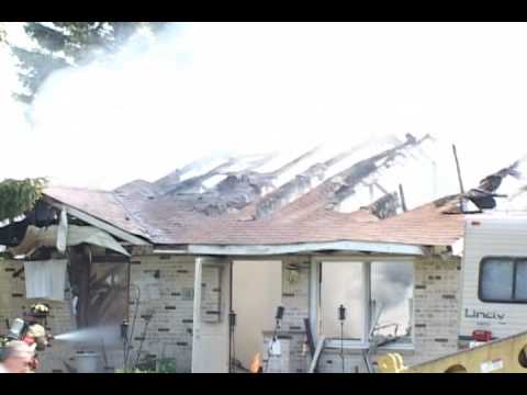RAW VIDEOHouse Explosion FireNatural Gas Explosion