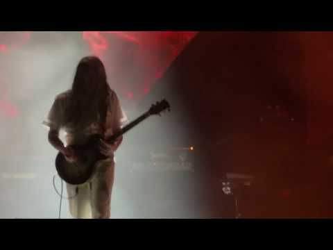 tool-descending---first-time-full-song-ever-played-in-public-live,-new-song-front-row