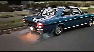 XW GT Falcon burnouts