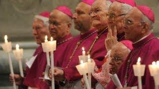 30/03/2013 Vigilia Pascual desde la Basílica de San Pedro, presidida por el Papa Francisco