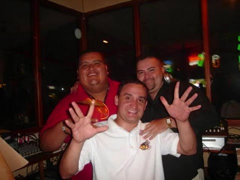 Radio YXY..La mejor radio de EL SALVADOR