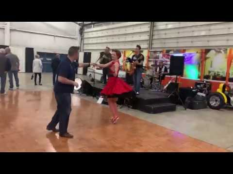 Lounge Hounds & Suburban Swing - Abbotsford, BC Canada