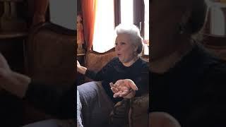 В гостях у Елены Маньенан