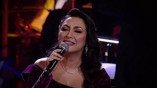 Descarca Andra & Mircea Radu - It's Beginning To Look A Lot Like Christmas (Live La Opera Nationala)