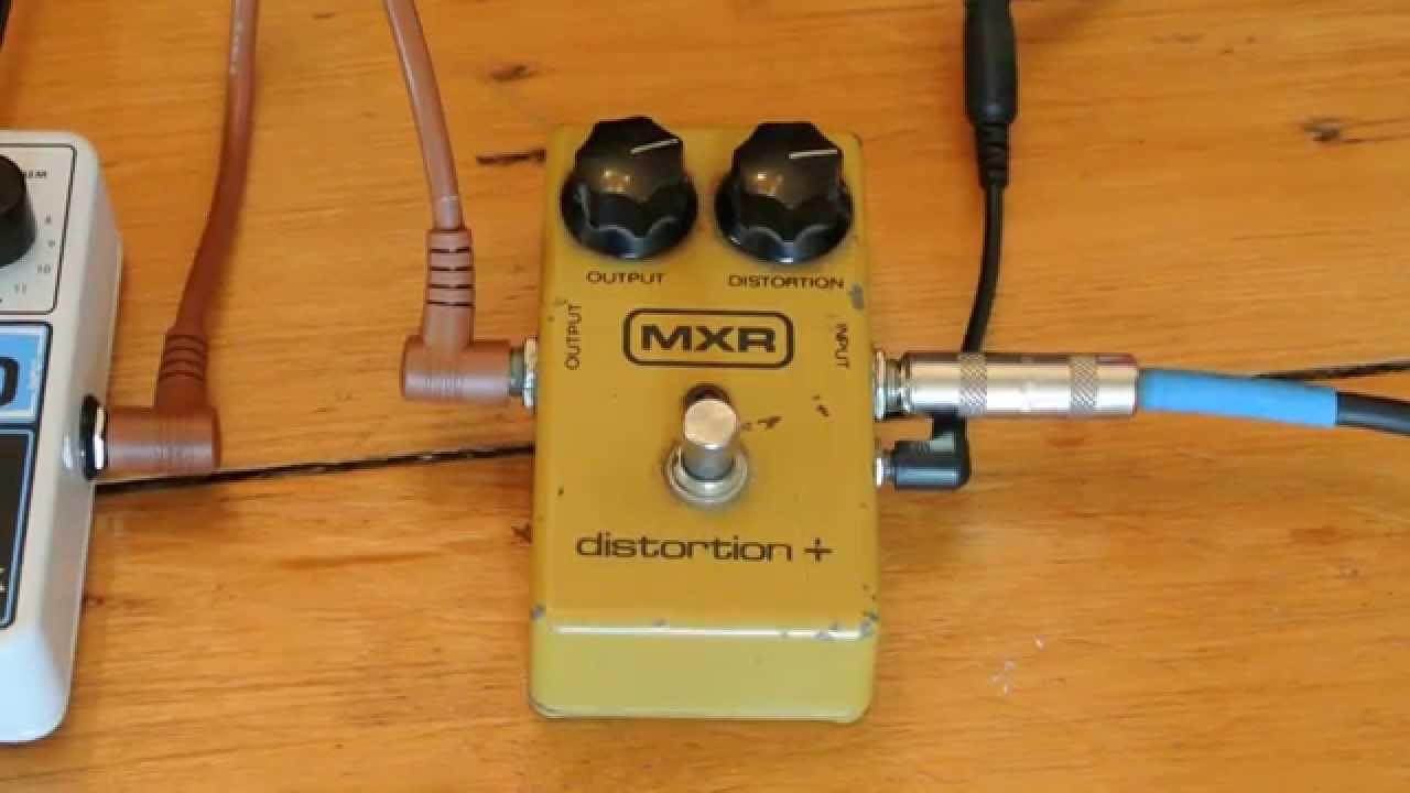 vintage 1981 block logo mxr distortion electric guitar distortion effect pedal youtube. Black Bedroom Furniture Sets. Home Design Ideas