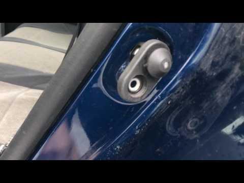 Corolla, не работает концевой выключатель двери.