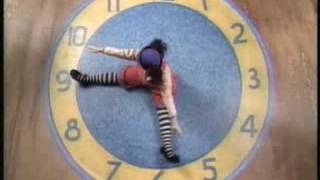 The Big Comfy Couch - Clock Rug Stretch 2