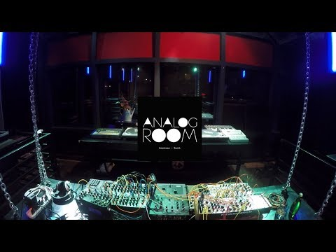 Analog Room Sessions- Tacit