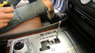 2013 Hyundai Equus Radio Removal Video in Motion Project