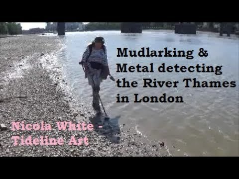 Mudlarking & Metal Detecting the Thames Foreshore London - Thames Treasures