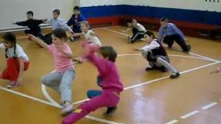 Урок физкультуры 2а школы№1 Щербинка.