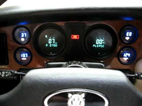 Fully Digital Dashboard In A Jaguar Xj6 Series Iii