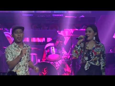 Download NELLA KHARISMA X MR. TEMON - HANING HD LIVE AT BOSHE JOGJA 13 AGUSTUS 2019 Mp4 baru