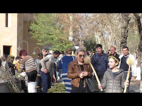 Yerevan, 25.03.18, Su, Video-2, (на рус.), Вербное Воскресенье, Цвь св.Анны.