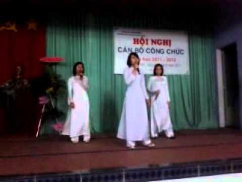 THPT Chuyên Hùng vương BD---10Anh iu iu(2011-20120