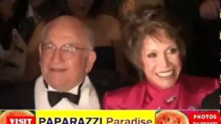Gambar cover MARY TYLER MOORE hobnobs with DICK VAN DYKE and ED ASNER at Thalians Ball - 2000