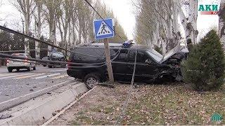 Gambar cover Машина сопровождения попала в ДТП на правительственной трассе