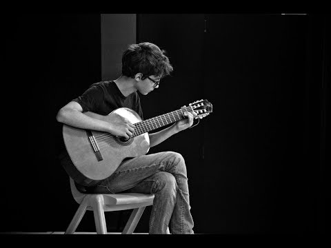 Lorenzo - Stairway to Heaven (on guitar)