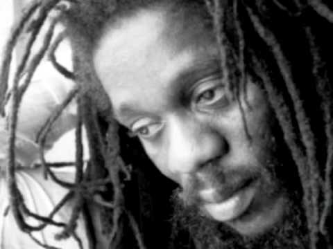 Hot like a melting pot - Dennis Brown